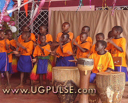 CRO children perform at gathering