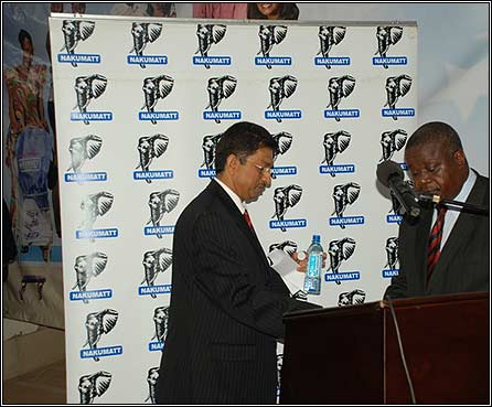 Operations Director Nakumatt Mr. Thiagarajan Ramamurthy(L) and Minister of Trade Kahinda Otafiire(R)