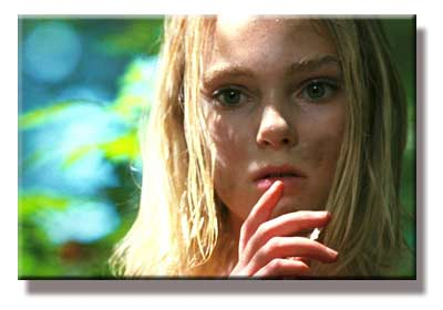 AnnaSophia Robb as Loren McConnell in The Reaping